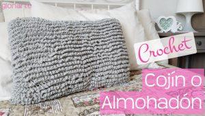 Transforma un cojín o almohada vieja en nuevo. Funda en punto astracán crochet.